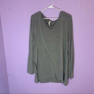 MTS size large long sleeve top
